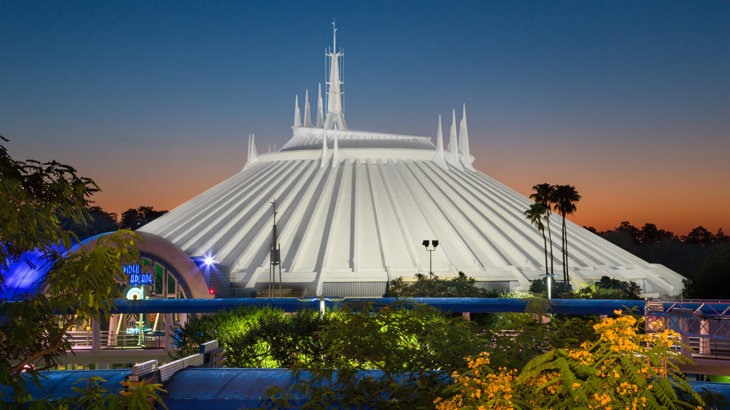 space-mountain-gallery01